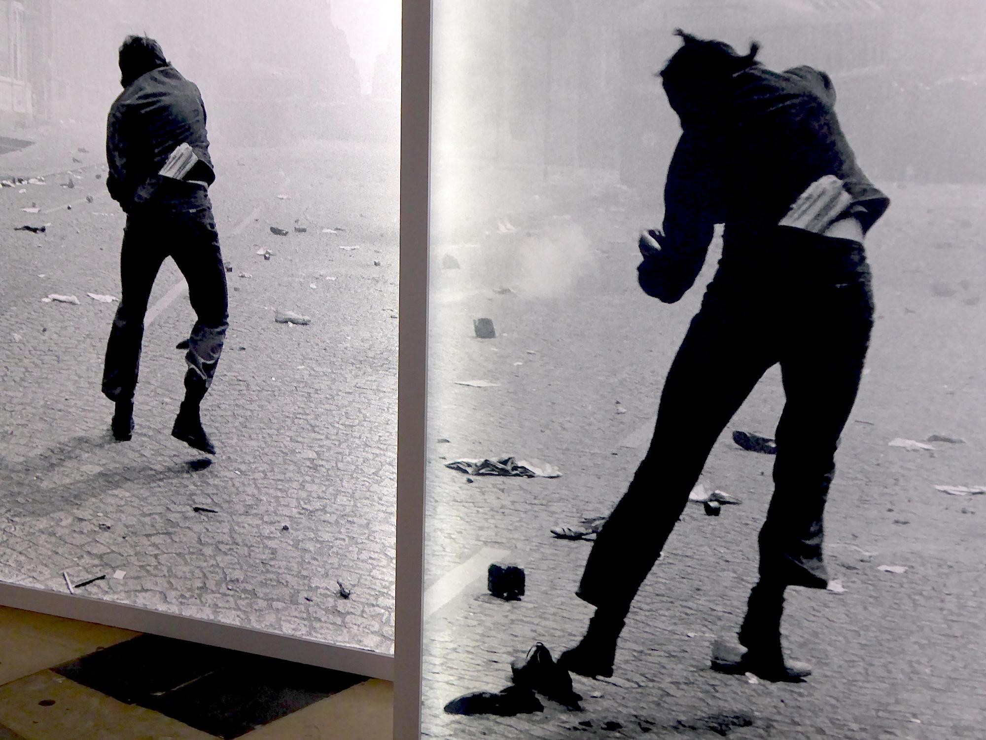 """Résultat de recherche d'images pour """"Gilles Caron 1968; Michel Poivert"""""""